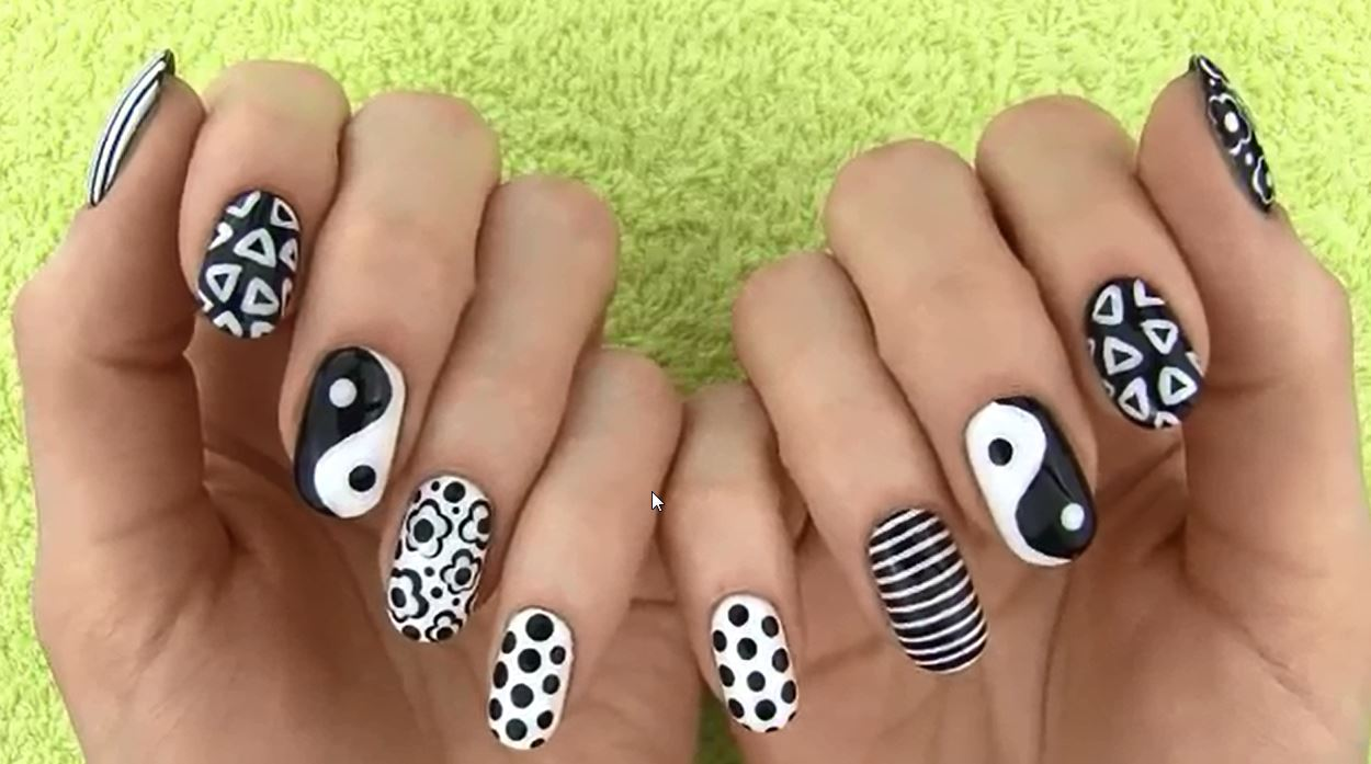 Black and White Nail Art (BEST Videos And Pictures)