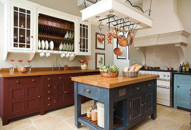 Kitchen Island Design Ideas for Your First Ever Kitchen Island