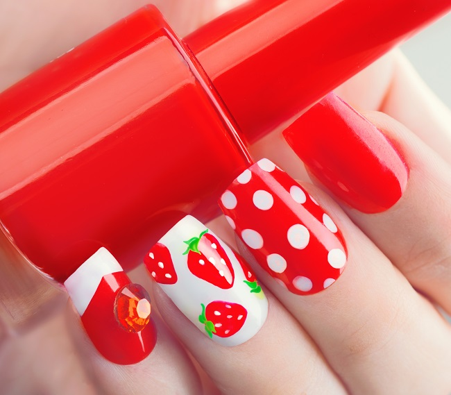 strawberry nails picture