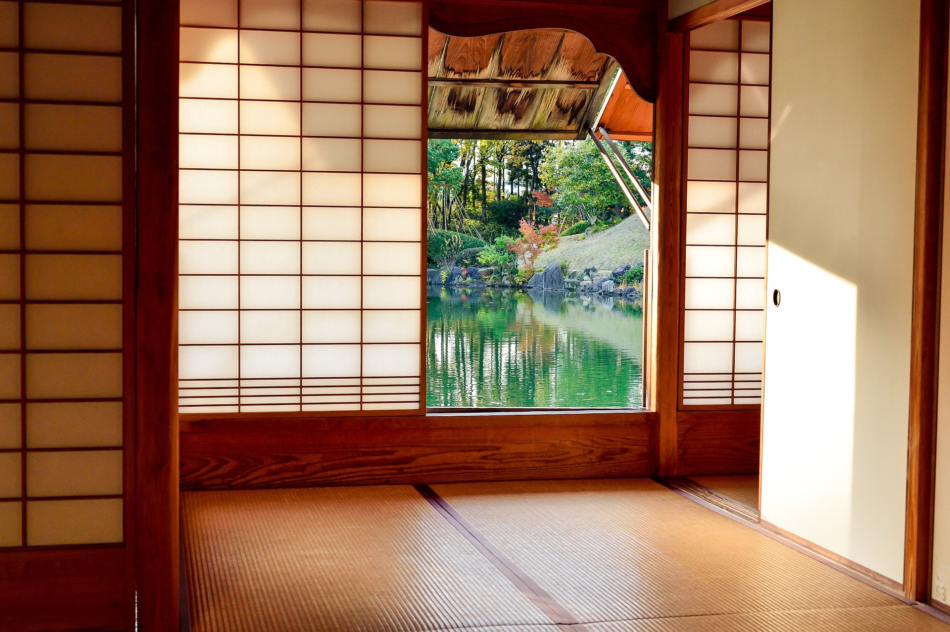 Japanese Style Room with fish pond